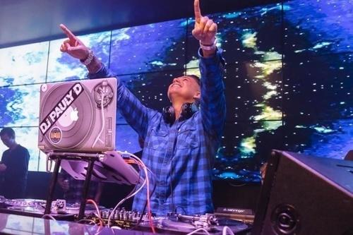 DJ-PAULY-D-SUPER-BOWL-PARTY